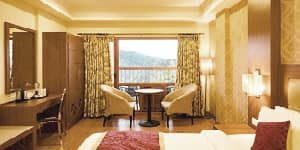 Crown Valley- Family Suite